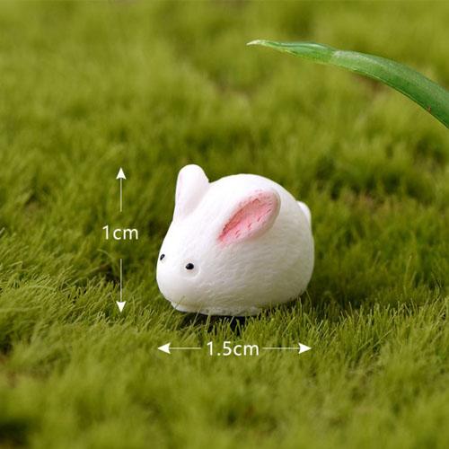Con thỏ tiểu cảnh
